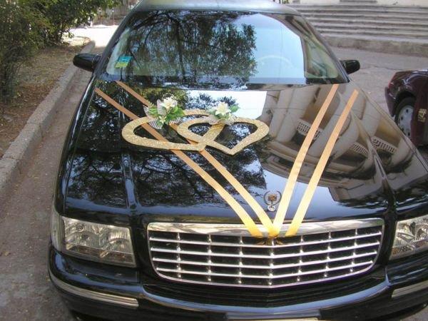 Лимузин или свадебный картеж из лимузинов