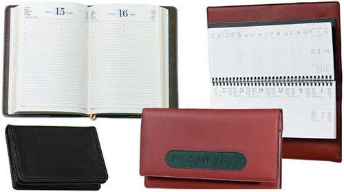 Ежедневники и бумажники – лучшие деловые аксессуары
