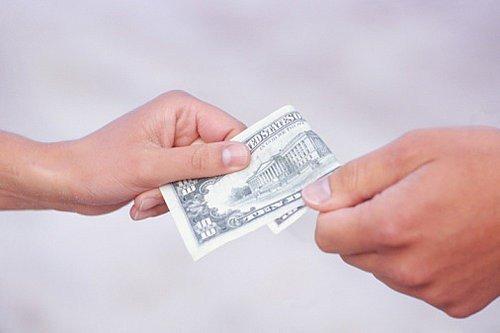 Как не одолжить деньги «с концами»