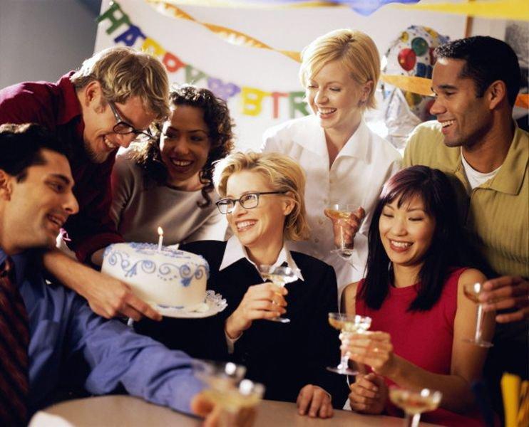 Зачем нужен корпоративный праздник?