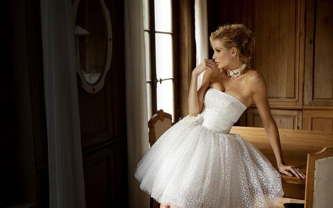 Роскошные свадебные наряды для неотразимых невест