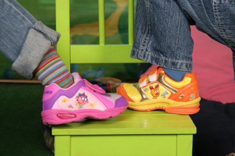 Покупаем модную обувь для ребенка