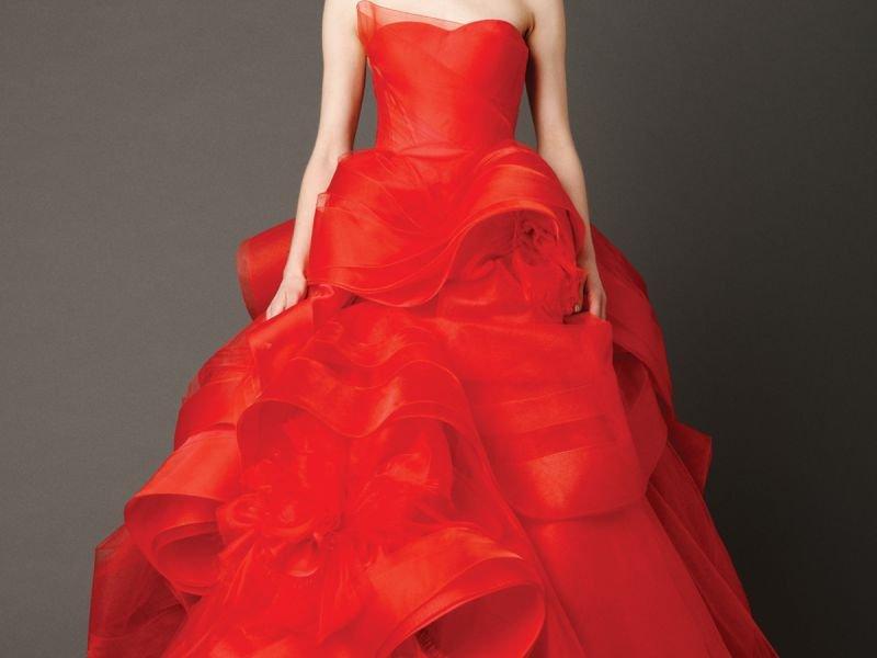 Свадебные платья: белое vs цветное?