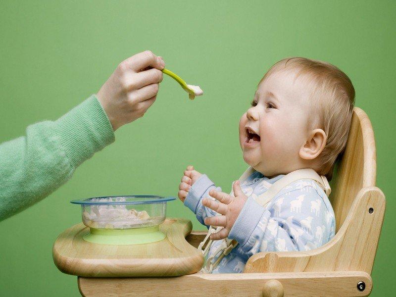 Первая посуда для вашего малыша