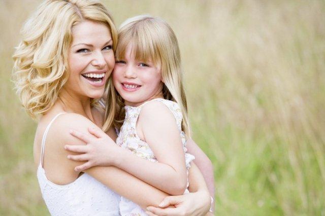 Вопросы воспитания: что нельзя говорить дочерям?
