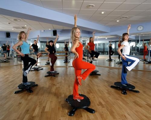 Фитнесом лучше заниматься в спортзале