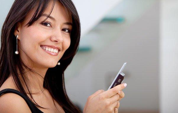 Выбираем сотовый телефон для современной и прогрессивной леди