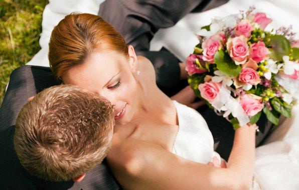 Стоит ли невесте верить в приметы?