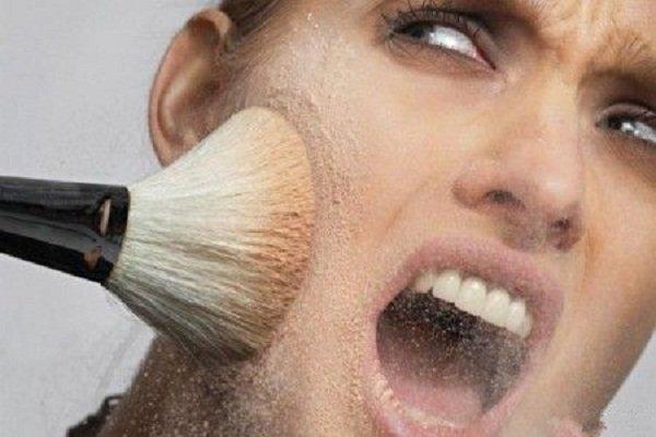 Опасна ли просроченная косметика?