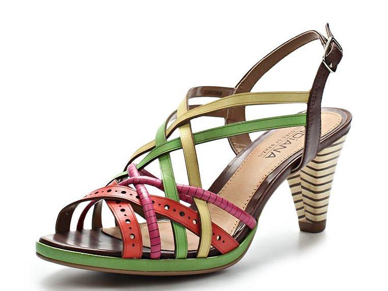 Летние женские сандалии недорого на распродаже