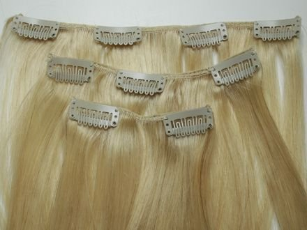 Накладные пряди волос – еще одна женская хитрость
