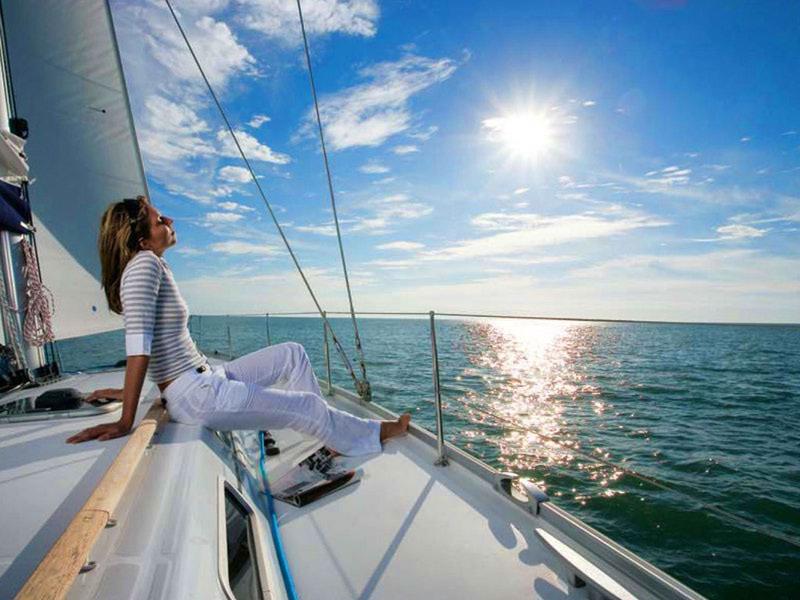 Что девушке взять на яхту