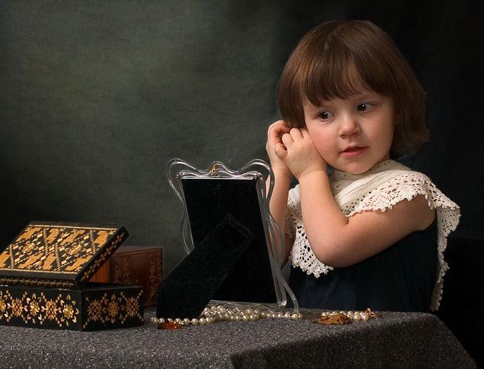 Какие серьги лучше не дарить маленьким девочкам