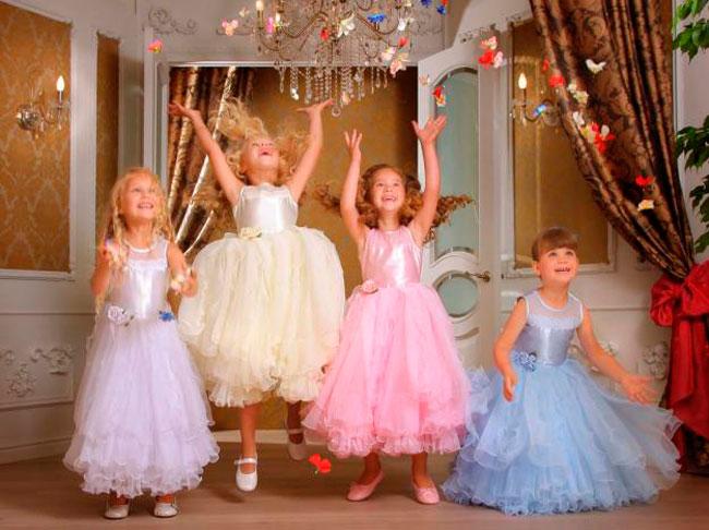 Как выбрать праздничное платье для девочки