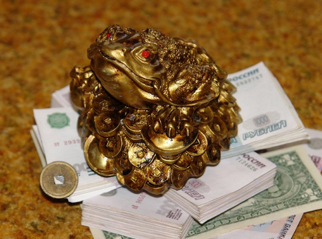 Чтобы узнать, как накопить деньги, необходимо сначала изучить некоторые интересные сведения о деньгах