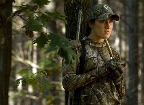 Женщина на рыбалке или охоте – откровенная нелепость или полноценный член команды?