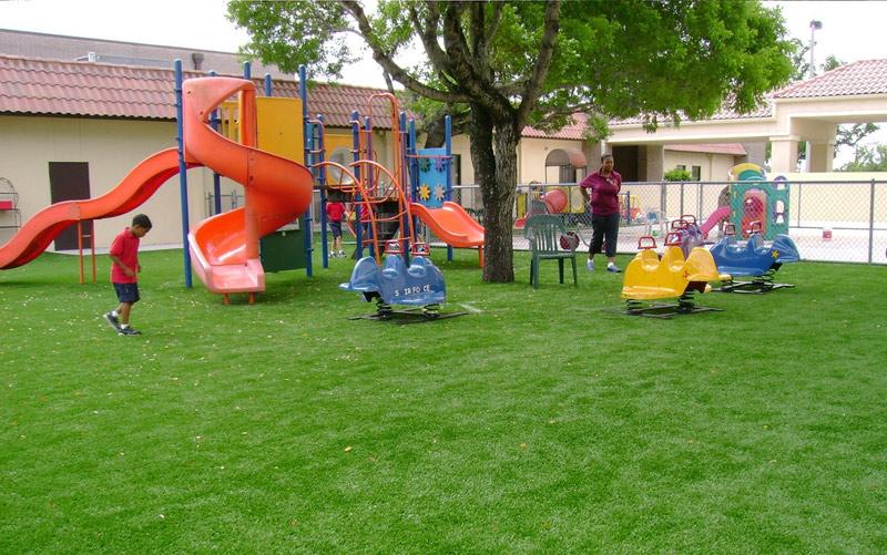 Выбираем детскую площадку