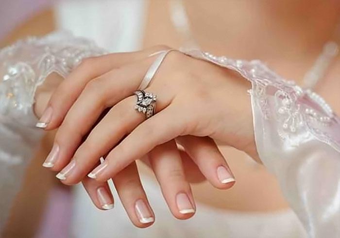 Короткие ногти сегодня не менее популярны, нежели длинные