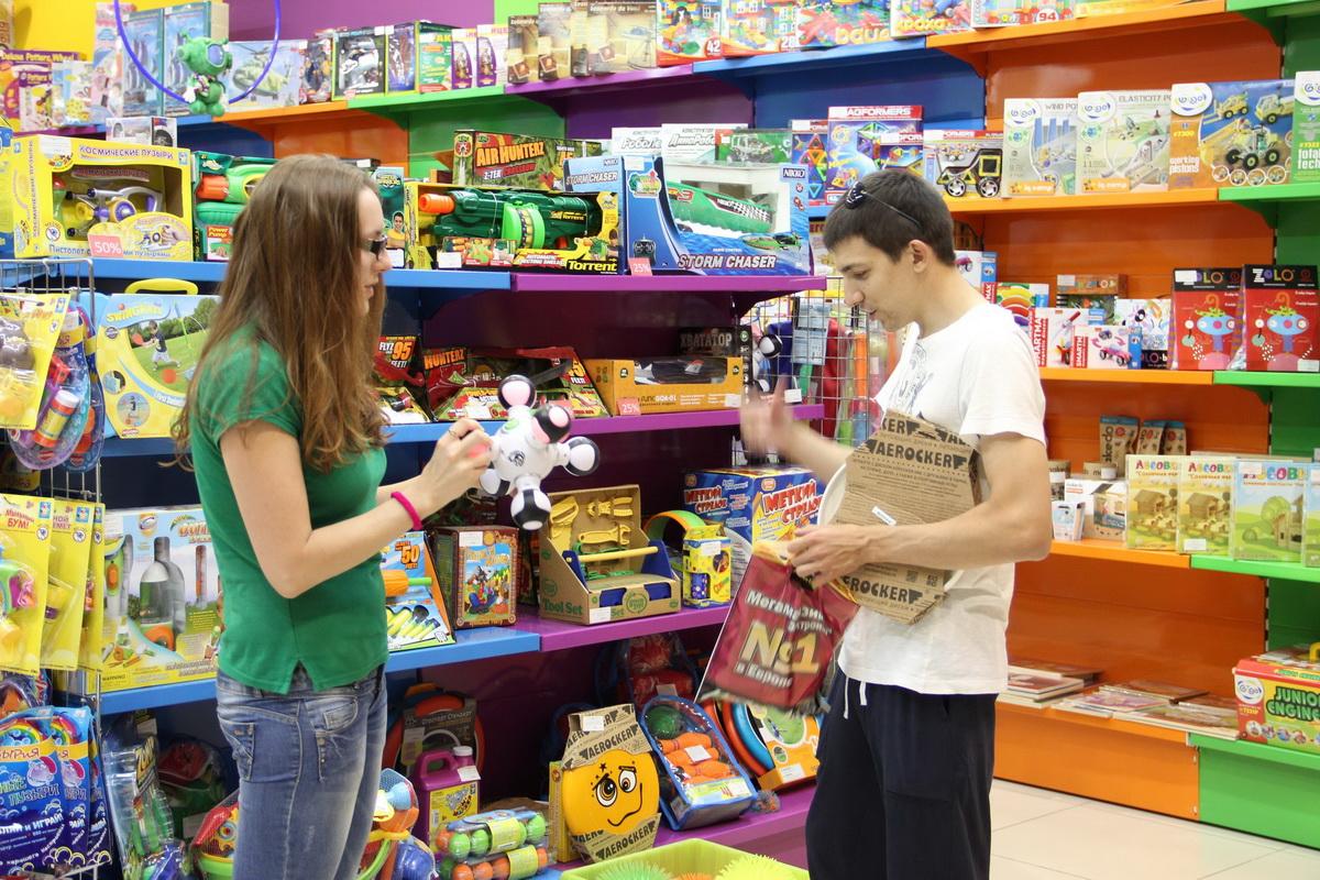 Россияне все чаще стали покупать детям отечественные игрушки